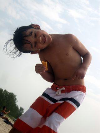 Sandbanks 2011 dancing boy2