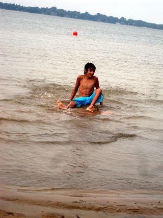 Sandbanks 2011 wipeout